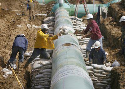 Pipeline-sandbags